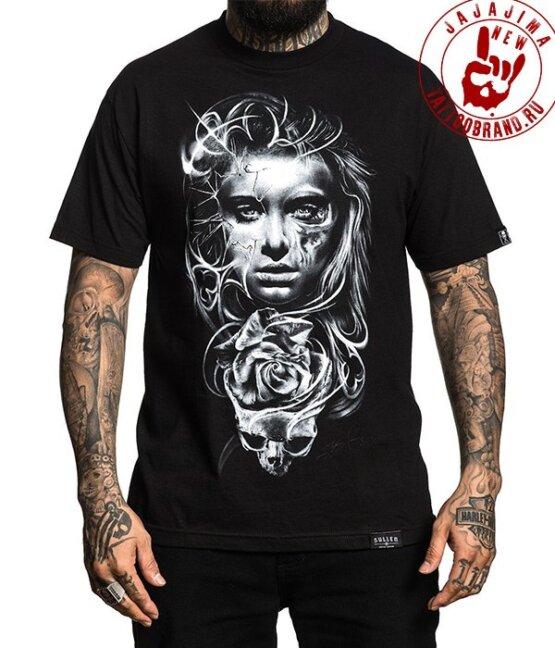 черная мужская футболка с принтом