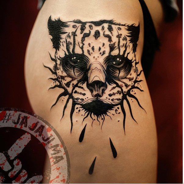 Работы тату-мастера #JajaJima в черной графике дикая кошка